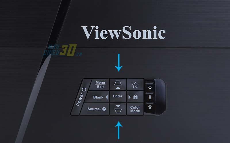 Chỉnh máy chiếu bị lỗi hình thang trên menu