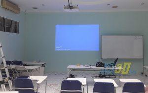 Máy chiếu phòng học giá rẻ chất lượng cao do VNPC cung cấp